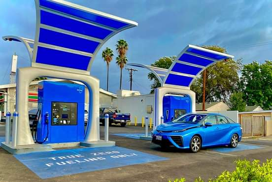 4 Hydrogen Charging Stations
