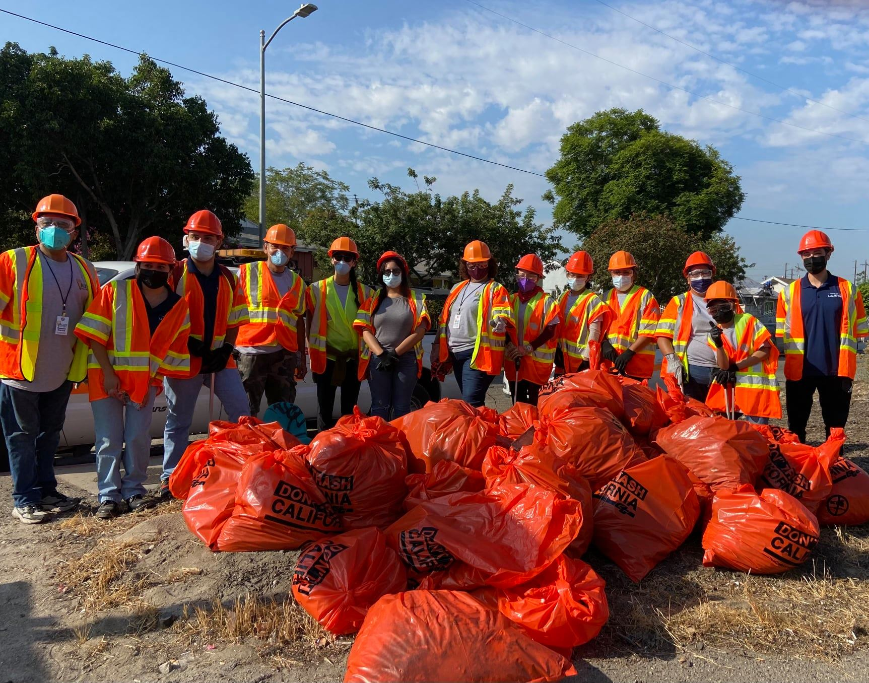 Beautification Clean-Up on the I-5 Sunland Blvd